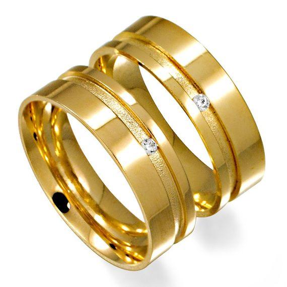 Aliança em Ouro Reta com Brilhante   - AS0477